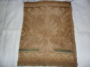 Antique French Tapestry Wool Acanthus Leaves And Scalopp Fragment