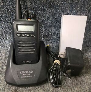 Kenwood Tk 3140 Tk3140 Uhf 250 Ch Radio W Charger W New Battery 440 470 Good