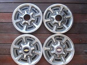 1977 To 1988 Chevrolet Pickup Truck Van Suburban Hubcaps 15 Inch A Set Of Four