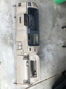 1995 1999 Chevy Gmc Truck Tahoe Suburban Yukon Silverado Dash Core Assembly Tan
