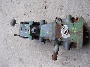 John Deere Mt Tractor Jd Hydraulic Lift Assembly With Pistons Levers Ports
