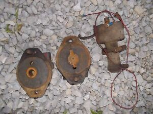 Farmall Ih B Bn Tractor Distributor Drive Bracket Upright Distributor