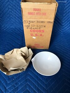 Awesome Original Box Of 12 Vintage White Coors Usa Scientific Porcelain Bowls