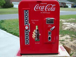 1989 Paul Flum Coca Cola Coke Classic Cooler Ice Chest Excellent Lightly Used