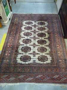 Beautiful Vintage 70x50 Double Knotted Oriental Rug Browns