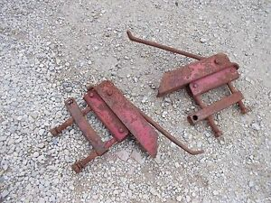 Farmall Md Sm Mta 400 350 460 Tractor Pair Ih Drawbar Draw Bar Axle Brackets