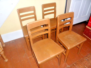 Vintage Child S School Chairs Set 4 Maple Wood Desk Size Or Table