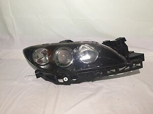 2004 2005 2006 2007 2008 2009 Mazda 3 Right Oem Headlight