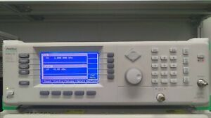 Anritsu 69047b Synthesized Cw Generator 10mhz To 20ghz Opts 1 2a 19 22a