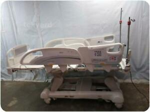 Stryker Intouch Electric Critical Care Hospital Patient Bed 217498