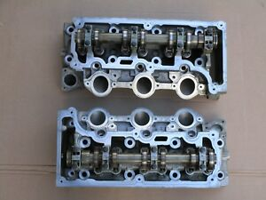 05 09 Mustang 4 0 V 6 Aluminum Cylinder Heads Oem Ford Used