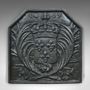 Antique Cast Iron Fire Back Coat Of Arms Fireplace Revival Casting Circa 1900
