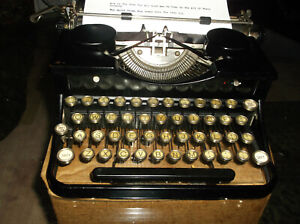 Antique Authentic Royal 1940s Serviced And Tested Manual Typewriter Glass Kt