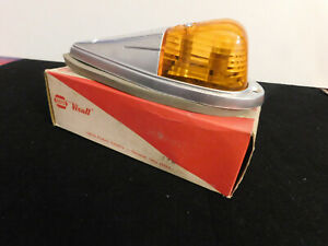 Vintage Visall Truck Cab Amber Clearance Light Assembly 718 1100