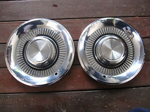 1959 Lincoln 15 Hubcap Hub Cap Set Of Two