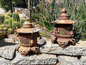 Pair Of Vintage Cast Iron Pagoda Lanterns Japanese Garden Lamp 17