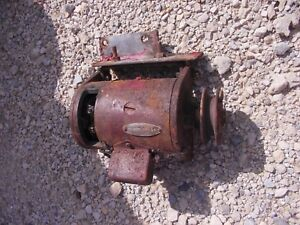Farmall Ih A B Tractor 6v Core Non Work Generator Good Belt Drive Pulley brak