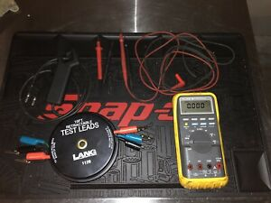 Fluke 88 Automotive Meter With Rpm Clamp Extra Leads