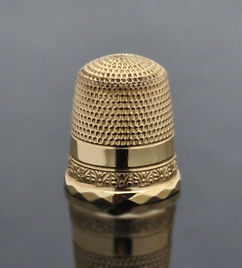 Antique 10k Solid Gold Stern Bros Ny Floral Band Motif Sewing Thimble