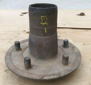 1926 1927 Model T Ford Front Hub For Wire Spoke Wheel Original
