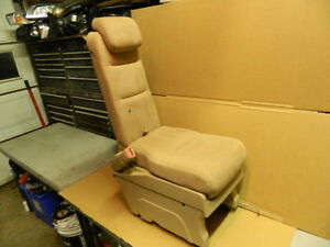 Honda Odyssey Rear Second Row Middle Center Jump Seat Tan Cloth 2005 2007