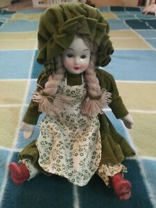 Handicrafted Antique Style Porcelain Doll 9 Tall Made In Taiwan With Box