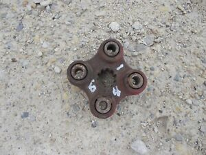 Ford 641 600 Tractor Transmission Couple Coupler Bracket