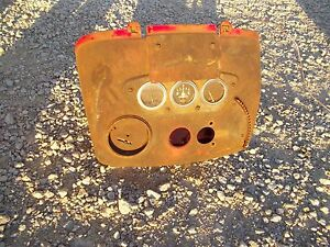 International 300u 300 350 Utility Tractor Ih Dash Holder W Gauges