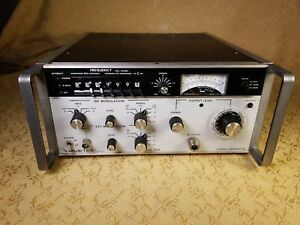 Vintage Wavetek 3006 Synthesized Rf Signal Generator powers On v g c