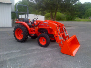 Kubota L2501 Tractor Only 19 Hours
