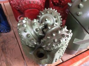 New 8 3 4 Smith Tricone Bit