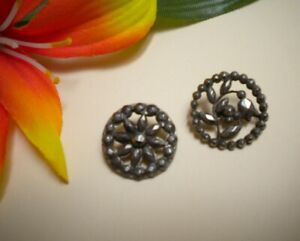 Antique Faceted Cut Steel Bell Flower Daisy In Open Work Metal Buttons 5 8