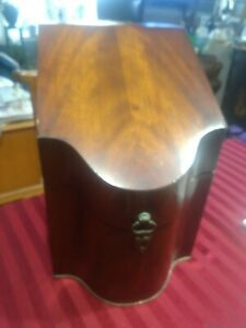 Large Victorian Decanter Box Burled Wood Carring Case Lift Top Liquor Decantor