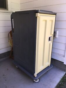 Cambro Insulated Food Storage Cart