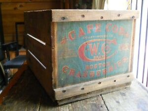 Vintage Early Colley Woods Co Cape Cod Boston Cranberry Wood Box Painted Litho