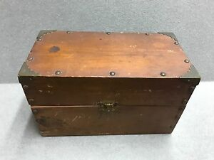 Vintage Wood Storage Box 9 7 8 Long 5 1 4 Wide By 6 Tall Made In The 1960s