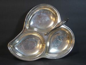 Sheridan Silverplate Divided 3 Section 12 Candy Dish Tray Leaf Scroll W Handle
