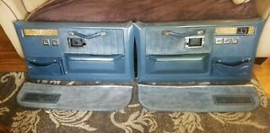 81 87 Chevy Gmc Truck C10 81 91 Suburban K5 Blazer Deluxe Door Panels In Blue