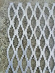 Aluminum Expanded Twisted Metal Sheet 125 In 12 In X 24 In mesh