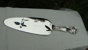 Vintage Frank Whiting Sterling Silver Repousse Cake Pie Pastry Knife 10