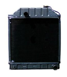 Radiator On Ford 4000 5000 2100 335 3000 5100 4600 2600 4100 5600 2000 3600 6600