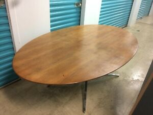 Knoll International Walnut Conference Table 1970 Original Finish Excellent
