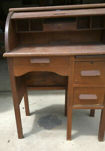 Vintage Childs Roll Top Desk With Chair Original Patina Wcj Nonprofit Org