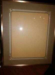 Large Vintage Picture Frame With Nice Mat 11by14
