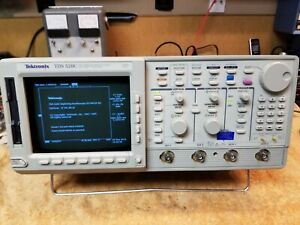 Tektronix Tds520c 2 Channel Oscilloscope 500mhz 1gsa s 1f Hd 2m 2f