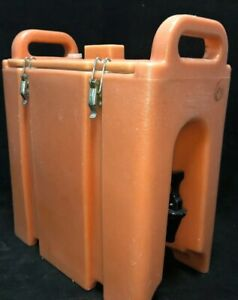 Cambro Orange Insulated Beverage Carrier 250lcd 2 5 Gallon Capacity Our 1w