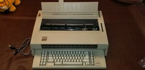 Ibm Wheelwriter 6 Series Ii Typewriter