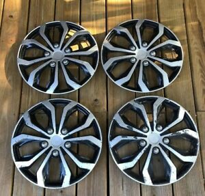 Toyota Corolla Hubcaps Wheel Covers Genuine Oem Set Of 4 15 Inch Wheel Covers