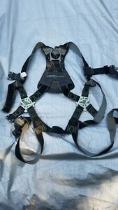 Miller Revolution Honeywell Body Harness Fall Protection Universal L xl Used