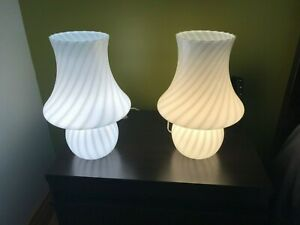 Mid Century Modern Swirl Pair 14 Vetri Italy Murano Mushroom Table Lamp